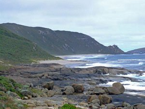 PB16, -35.040560, 117.113830 Typical coastal terrain